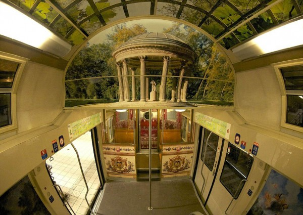 ShockBlast-parisian-rer-train-transformed-like-versailles-1.jpg