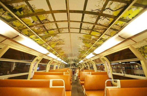 ShockBlast-parisian-rer-train-transformed-like-versailles-5.jpg