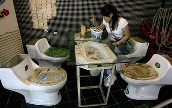 a-toilet-restaurant-01.jpg