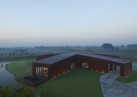 dezeen_Asterisk-by-SAKO-Architects_3.jpg