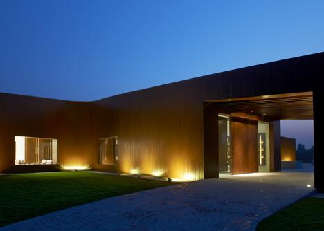 dezeen_Asterisk-by-SAKO-Architects_6.jpg