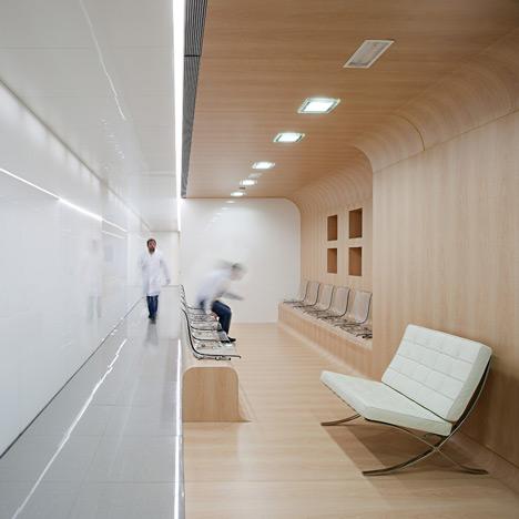 dezeen_Dental-Office-by-Estudio-Hago_1.jpg