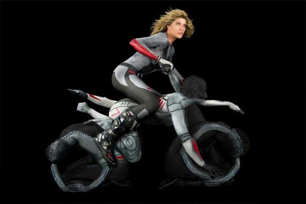 human-motorcycles-bodypaint-trina-merry-2.jpg