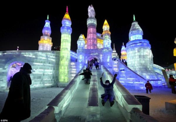 iceslide01.jpg