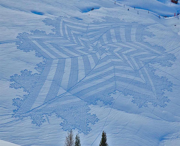 snow-drawings-simon-beck-2.jpg