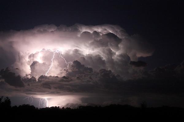 thunder111.jpg