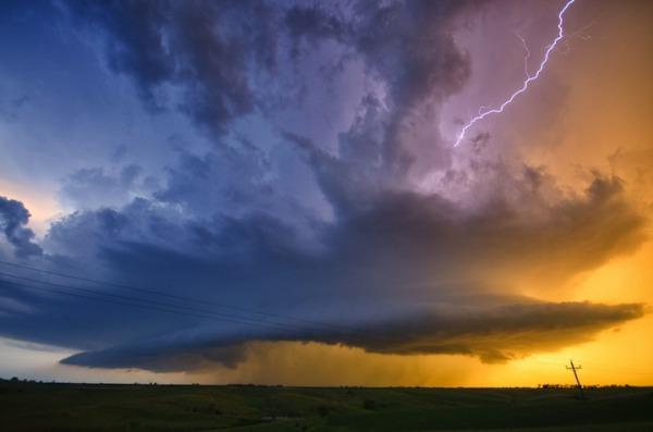 thunder24.jpg
