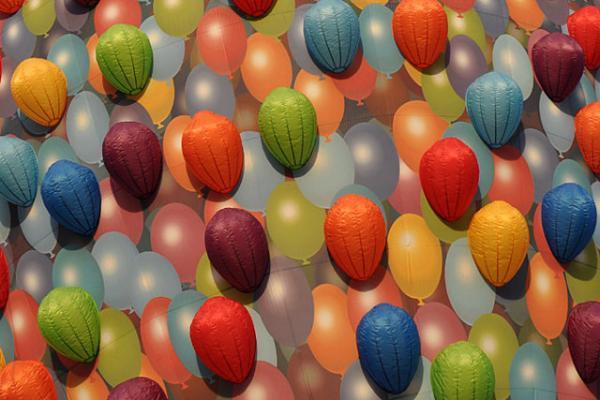 up-hot-air-balloon-3.jpg
