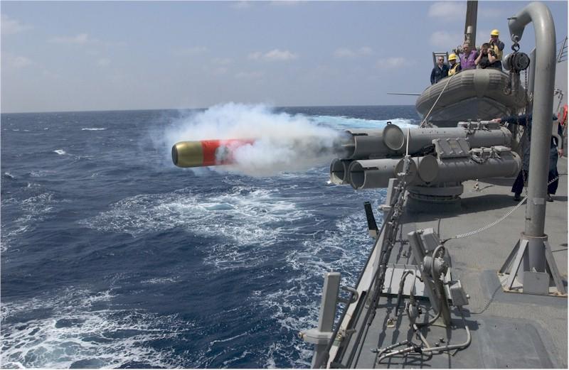 Mk 32 短魚雷発射管使用訓練_1
