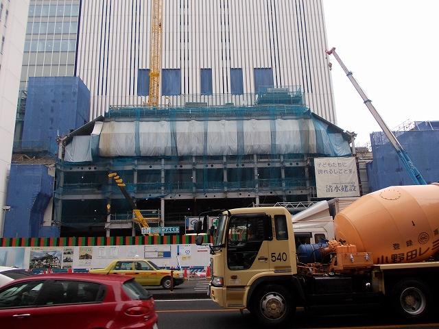 現在建築中の歌舞伎座_2