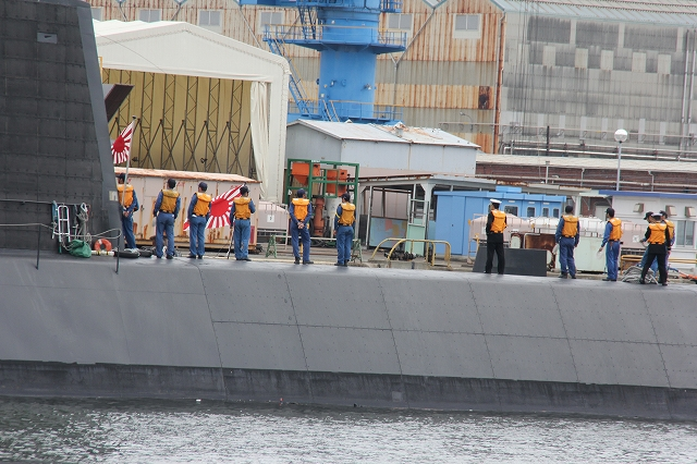 潜水艦の着桟まで_13