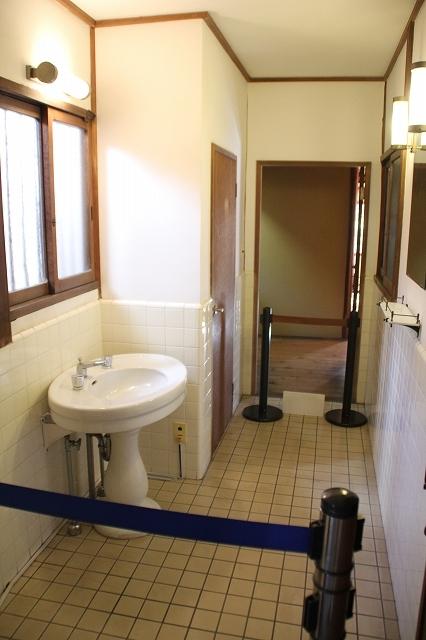 洋式の瀟洒なトイレ