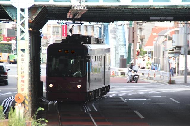 王子駅前からの急坂_2
