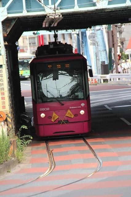 王子駅前からの急坂_4