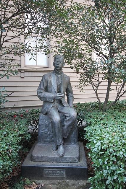 滝廉太郎の像