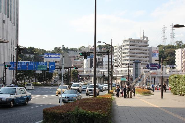 JR横須賀駅方面_2