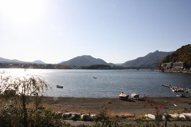 湖の様子_3