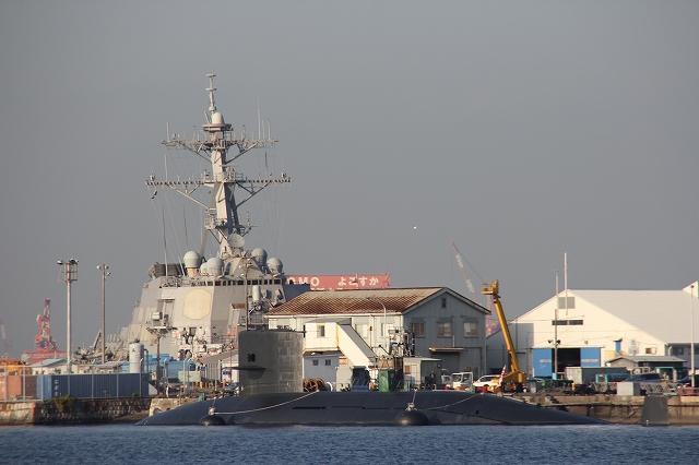 ミサイル巡洋艦CG63『カウペンス』_3