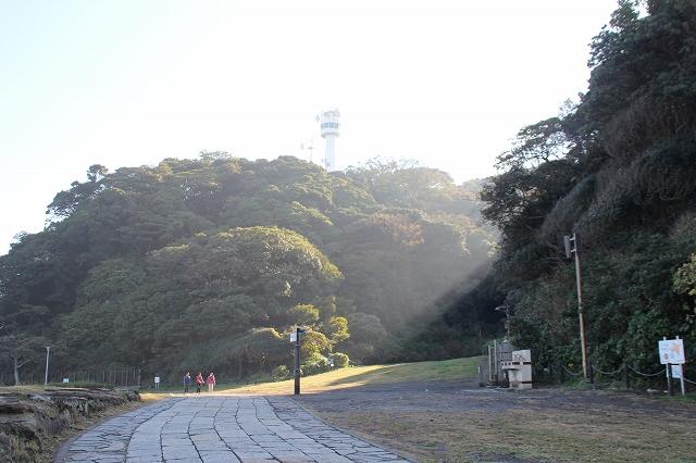 灯台に至る道_1