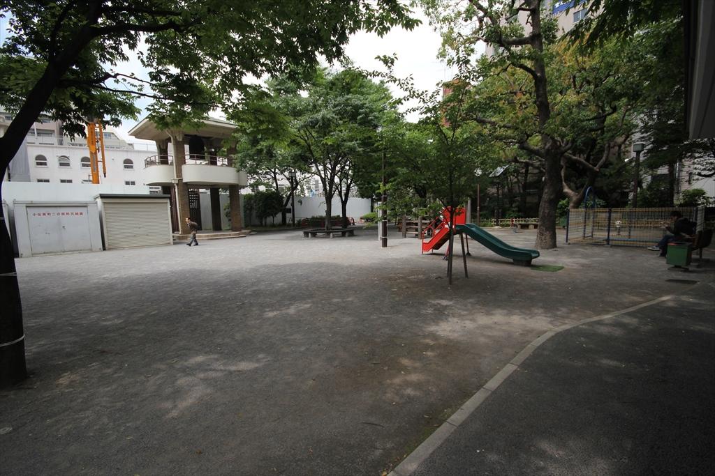 伝馬町の牢屋跡_十思公園_2