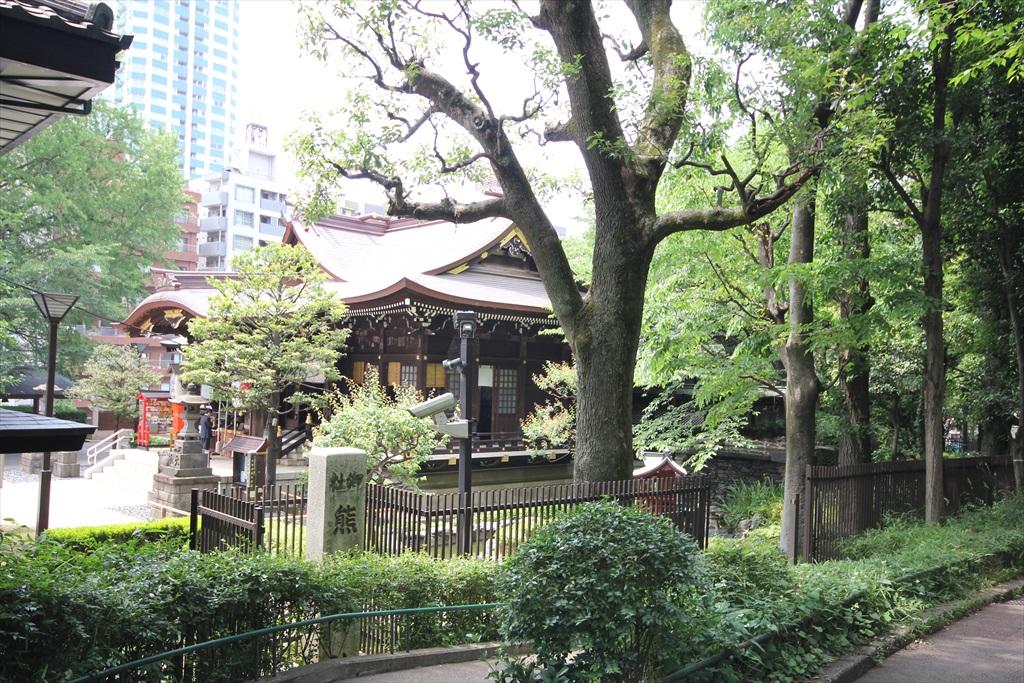 十二社熊野神社社殿_1