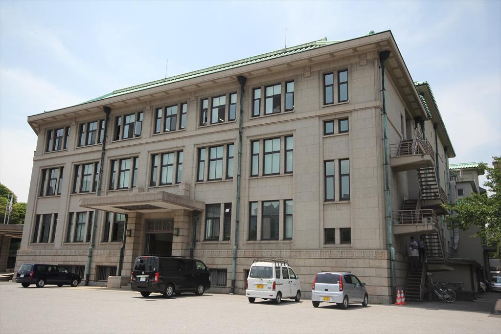 宮内庁庁舎_3
