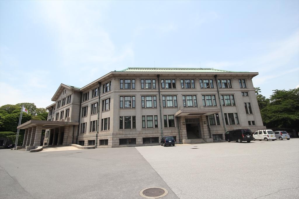 宮内庁庁舎_5