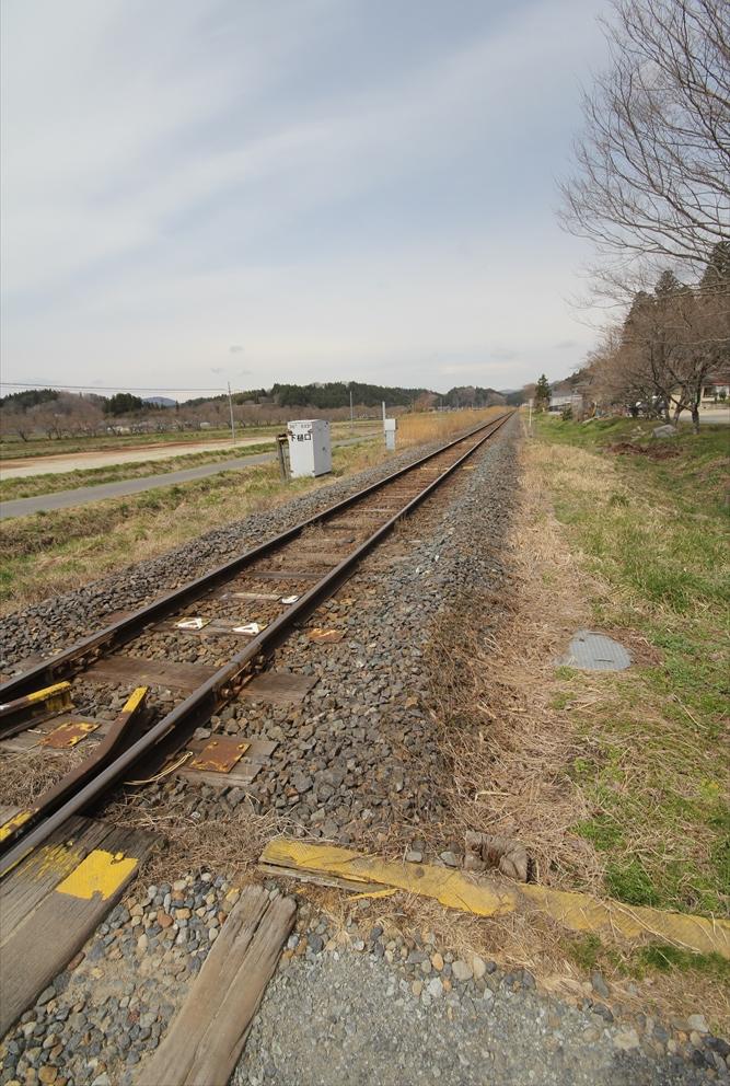 磐越東線の踏切_2