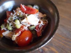 枝豆とささみとトマトとちりめんじゃこのサラダ