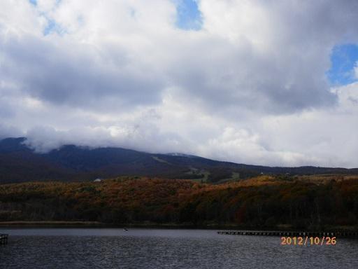 秋のバラギ湖