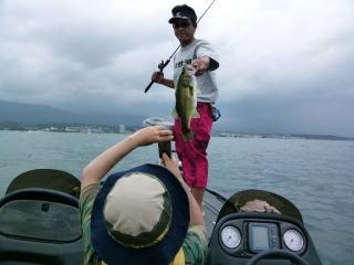 お盆琵琶湖1
