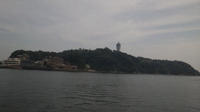 正面には江ノ島