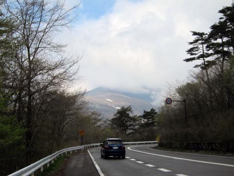 中軽井沢を上る