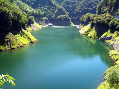 深城ダム湖2