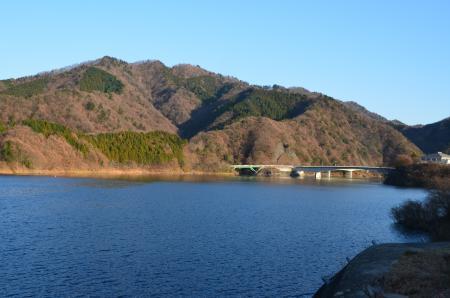 20121216宮ケ瀬湖イルミ05