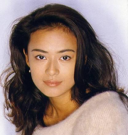 髪のがふんわりと派手な後藤久美子