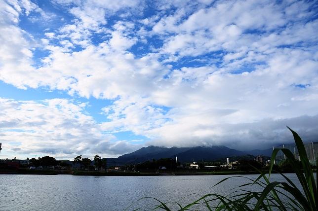 青空に映える雲(3)