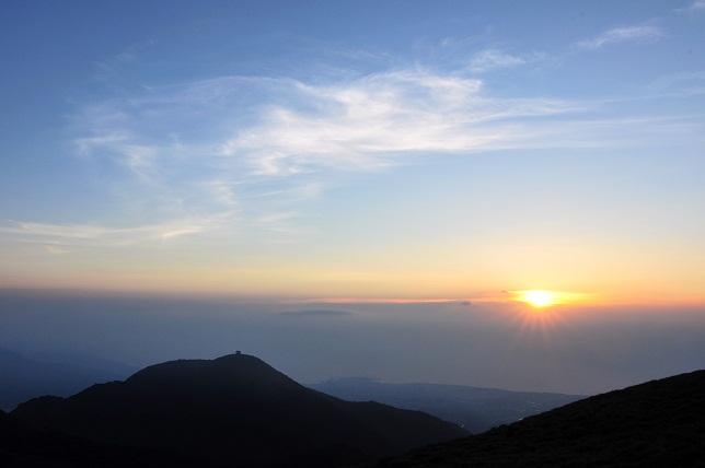 山頂の夕暮れ(2)