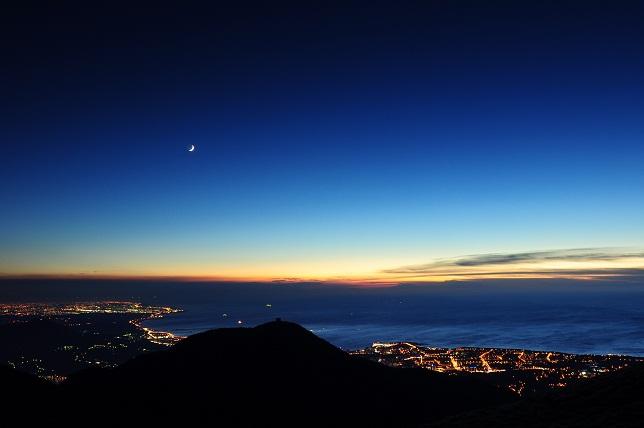 山頂の月夜(3)