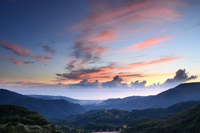 山の朝焼け(3)