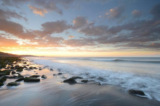 寄せる波、暮れる海(4)