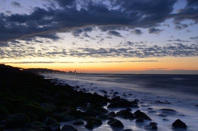 寄せる波、暮れる海(7)