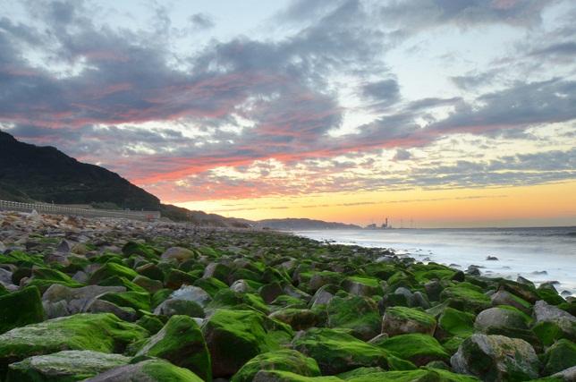 寄せる波、暮れる海(5)