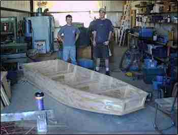 Building a Wooden Jon Boat With Simple Plans for Small Plywood Boats ...
