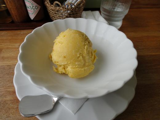 パスタアンドコーヒー・プレッツェモーロ かぼちゃアイス