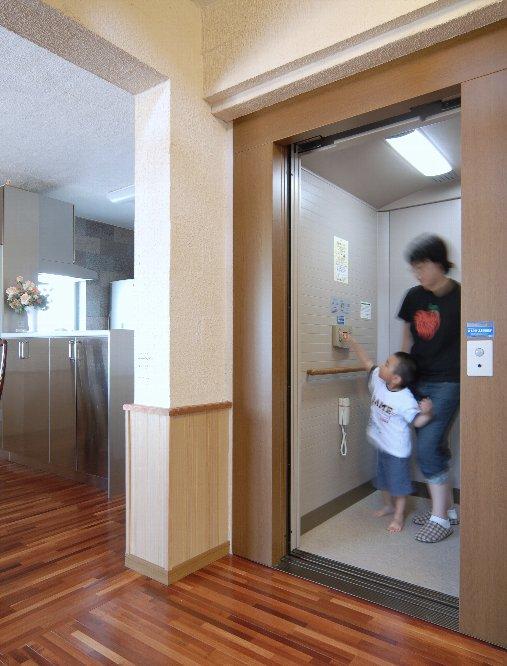 室内エレベーター吉川
