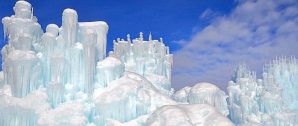 2-ice-castles-grand-940x4001.jpg
