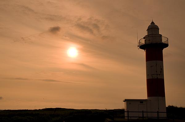夕暮の石狩灯台