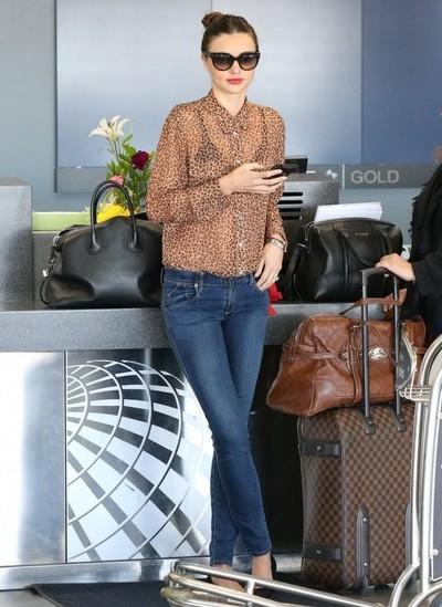 Miranda+Kerr+Miranda+Kerr+Family+Fly+Out+LA+n8RjWc1z1AMl.jpg