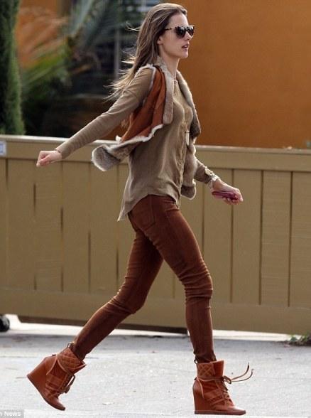 海外セレブファッション通信-アレッサンドラ・アンブロジオ2